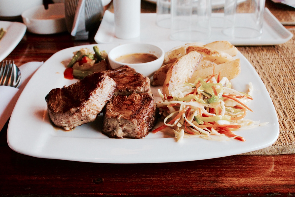 5 places to eat in Waikiki you have to try